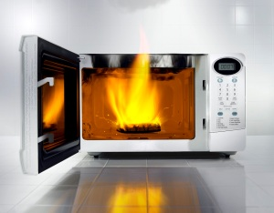 burning_microwave1