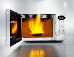 burning_microwave1